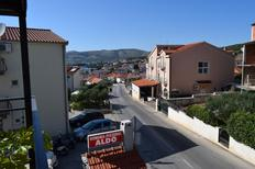 Holiday apartment 1837745 for 4 persons in Okrug Gornji