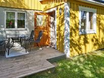 Holiday apartment 1840042 for 5 persons in Grisslehamn