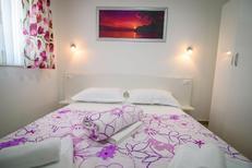 Rekreační byt 1840497 pro 4 osoby v Promajna