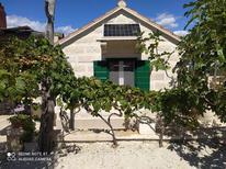 Vakantiehuis 1841666 voor 5 personen in Praznica
