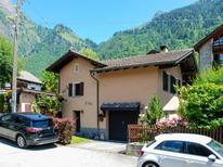 Ferienhaus 1842453 für 4 Personen in Olivone