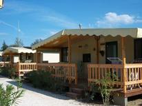 Villa 1845081 per 5 persone in Viareggio