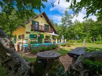 Ferienhaus 1845850 für 8 Personen in Fuzine