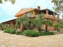 Ferienhaus 1846509 für 14 Personen in Sperlonga