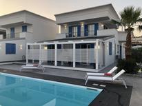 Vakantiehuis 1847488 voor 3 personen in Realmonte