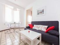 Appartement 1849316 voor 8 personen in Barcelona-Sants-Montjuïc