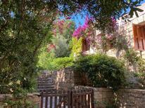 Vakantiehuis 1849754 voor 6 personen in Cala di Volpe