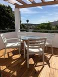 Ferienhaus 1850356 für 4 Personen in Ferragudo