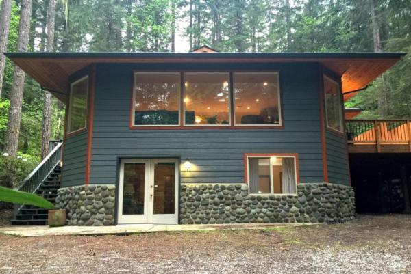 Mt. Baker Lodging Cabin #29 ? HOT TUB, WIFI, SAUNA  in Nordamerika
