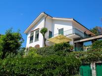 Ferienwohnung 1851568 für 8 Personen in Casarza Ligure