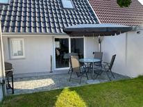 Ferienhaus 1851938 für 4 Personen in Kröslin
