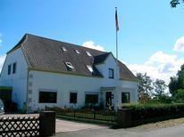 Ferienwohnung 1851962 für 4 Personen in Fehmarn OT Altenteil