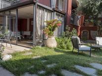 Vakantiehuis 1856452 voor 4 personen in La Morra