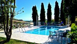 Vakantiehuis 1856701 voor 10 personen in Porto San Giorgio