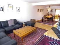 Ferienhaus 1857052 für 4 Personen in Crans-Montana