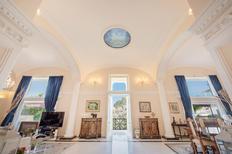 Ferienwohnung 1862379 für 10 Personen in Capri