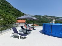 Ferienwohnung 1863174 für 4 Personen in Budva