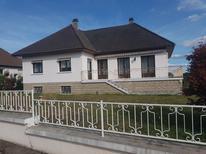 Casa de vacaciones 1866306 para 4 adultos + 1 niño en Chamboulive