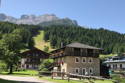 Für 8 Personen: Hübsches Apartment / Ferienwohnung in der Region Dolomiten