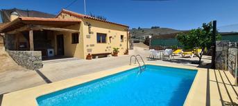 Vakantiehuis 1872844 voor 3 volwassenen + 1 kind in Vega de San Mateo