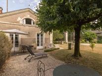 Rekreační dům 1876291 pro 3 osoby v Les Sorinières
