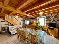 Casa de vacaciones 1876546 para 6 personas en Ceyssac