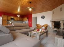 Casa de vacaciones 1876668 para 6 personas en Saint-Julien-Molhesabate