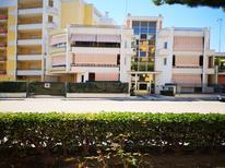 Ferienwohnung 1878331 für 4 Personen in Barletta