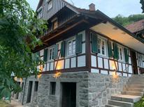 Vakantiehuis 1879032 voor 10 personen in Ottenhöfen im Schwarzwald