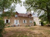 Vakantiehuis 1881546 voor 11 personen in Arthon