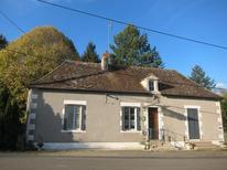 Villa 1881652 per 4 persone in Saint-Hilaire-sur-Benaize
