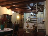 Holiday apartment 1882738 for 3 persons in Padova