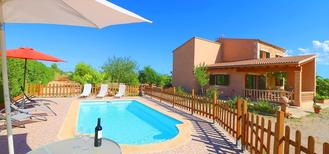 Holiday home 1883657 for 8 persons in Campos