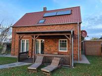 Dom wakacyjny 1884517 dla 4 dorosłych + 1 dziecko w Rerik-Roggow