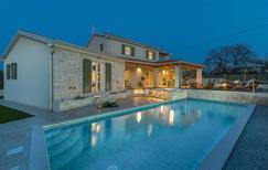 Ferienhaus 1884600 für 8 Personen in Split