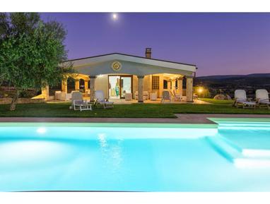 Gemütliches Ferienhaus : Region Alghero für 12 Personen