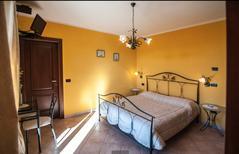Room 1895990 for 3 persons in Albaretto della Torre