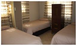 Room 1896061 for 3 persons in Lephalale