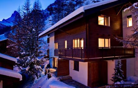 Gemütliches Ferienhaus : Region Zermatt für 10 Personen