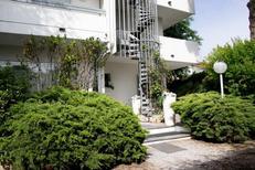 Appartement 1905327 voor 6 personen in Rimini