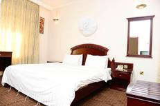 Room 1914049 for 2 persons in Kigali