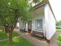 Vakantiehuis 1919254 voor 2 volwassenen + 2 kinderen in Eggesin