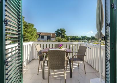Für 4 Personen: Hübsches Apartment / Ferienwohnung in der Region Tribunj
