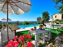 Vakantiehuis 1923691 voor 12 personen in San Donato in Collina