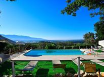 Vakantiehuis 1923692 voor 15 personen in San Donato in Collina