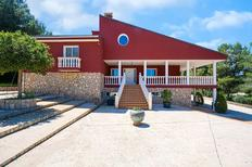 Holiday home 1926660 for 15 persons in Alberic