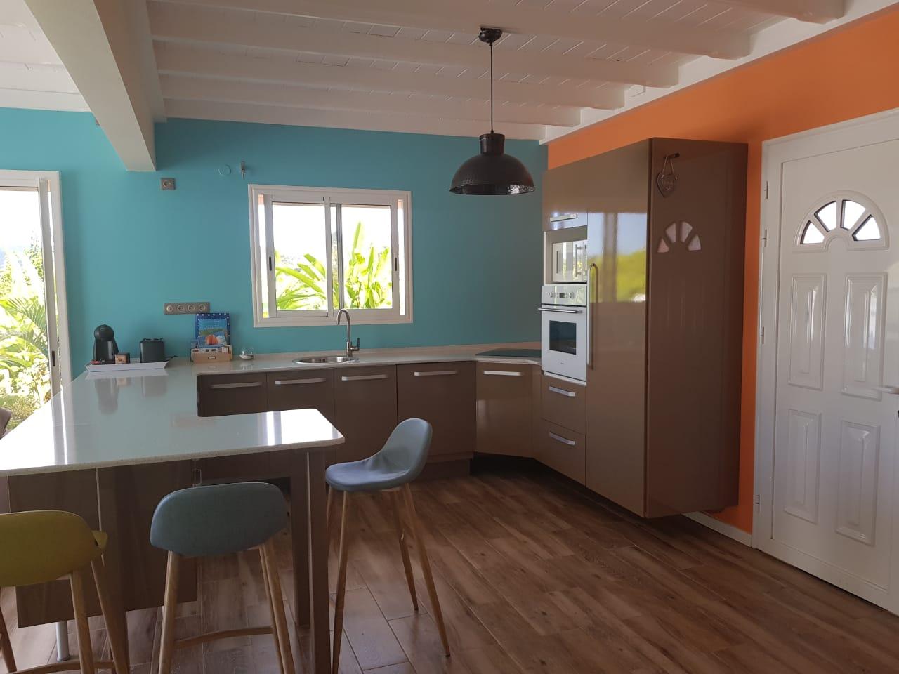 Casa de vacaciones con piscina particular para 4 personas aprox. 90 m² en Le Lamentin, Fort-de-France