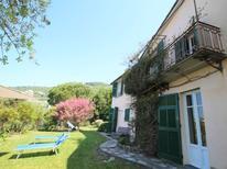 Villa 1932324 per 8 persone in Chiàvari