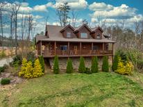 Holiday home 1934688 for 12 persons in Sevierville