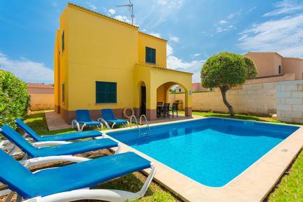 Gemütliches Ferienhaus : Region Menorca für 6 Personen